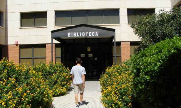 Cierra la biblioteca de la facultad de Derecho por inventario